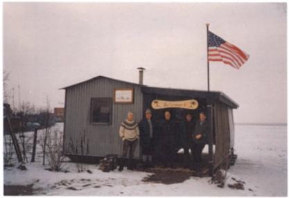 Aufstellen der Bauhütte Ballermann